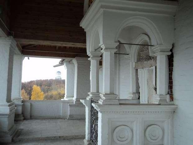 церковь вознесения в коломенском фото