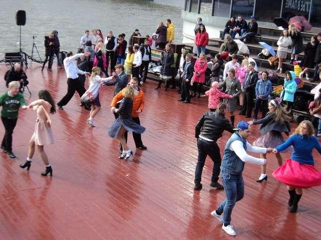танцы в парке горького 2017