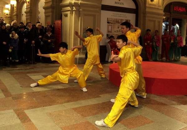 фестиваль китайский новый год в гуме
