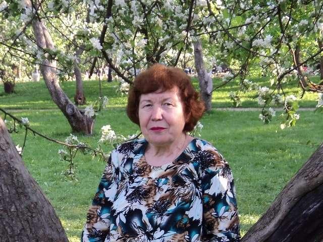 яблоневые сады в коломенском парке