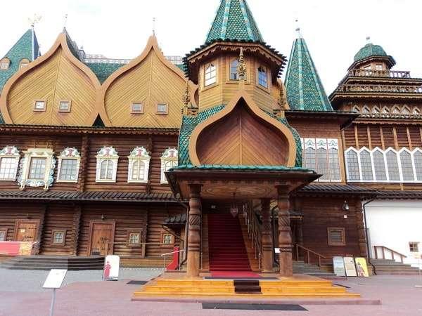 дворец алексея михайловича в коломенском фото