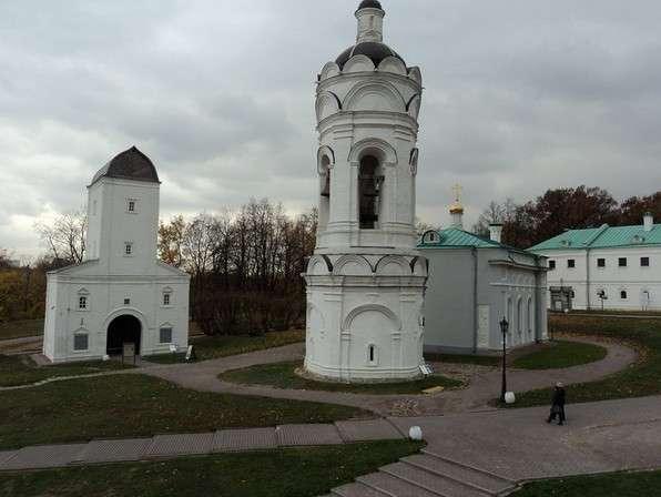 колокольня и башня