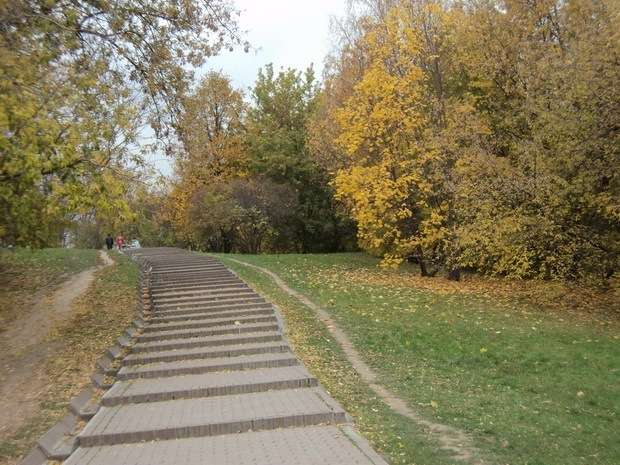 лестница от реки