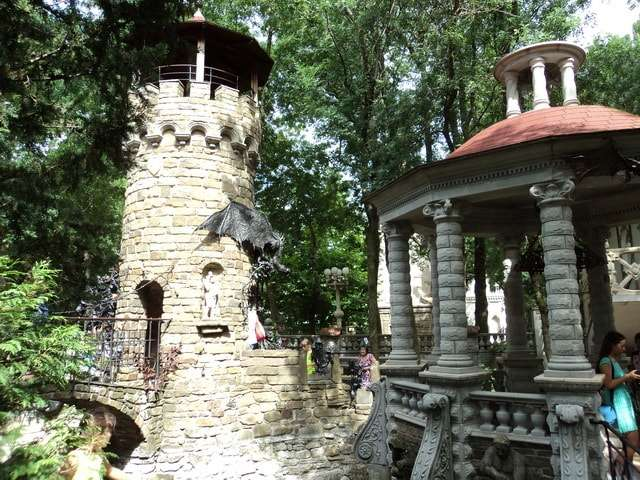 дозорная башня старого парка