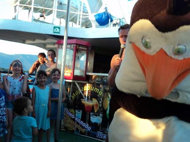 забавные детские игры с пингвином