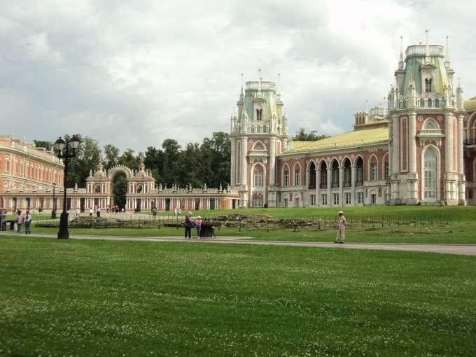 главный северный фасад большого дворца