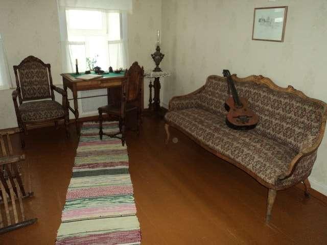 жилая комната художника