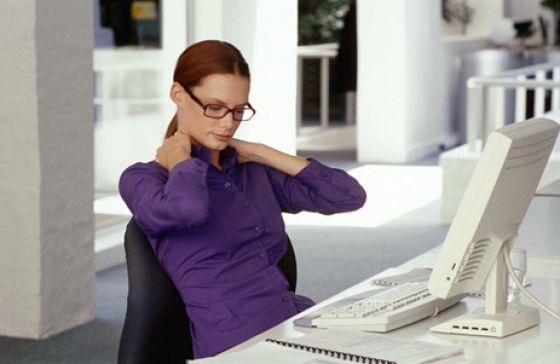 симптомы остеохондроза шейного отдела позвоночника у женщин